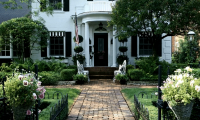 5 Additions to the Home for the Family that Increase Curb Appeal