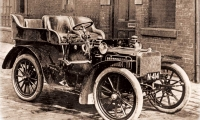 An Automobile Timeline in Great Achievements