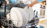How to Choose a Dishwasher That Does the Job