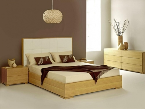 How to Choose the Right Bedroom Furniture And Decorations Picture