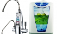 The Difference Between Alkaline Water and Ionized Water