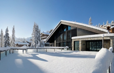 Choosing the perfect chalet for your ski trip to Courchevel_3