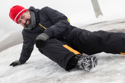 Essential tips to stay healthy and safe during winter _4