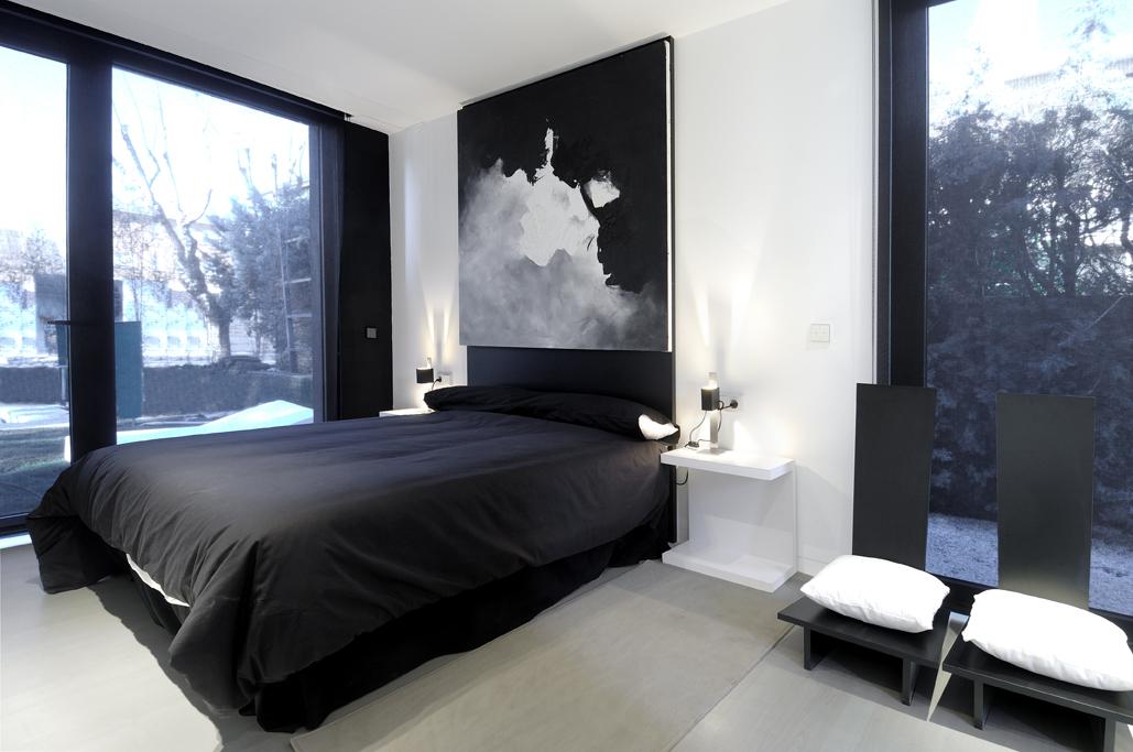 Masculine Bedroom Ideas | BlogLet.com on Small Room Decor Ideas For Guys  id=83657
