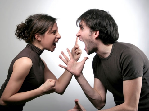 Moving in together without destroying your relationship_4