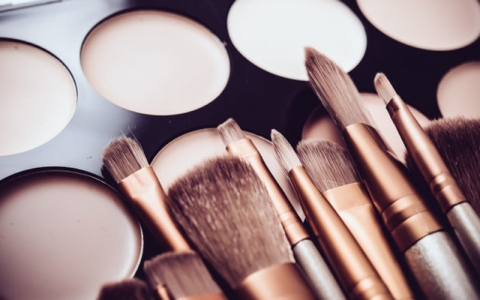 Profitable beauty business ideas in 2018 for women entrepreneurs4