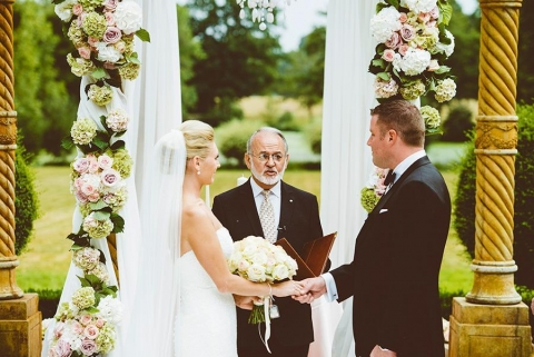 Wedding Traditions That Should End